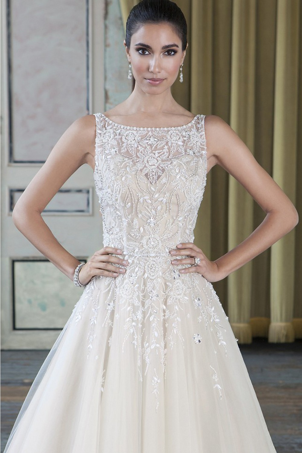 Wedding Dresses With Flats : Ball gown flat neck v back hand beaded wedding dress